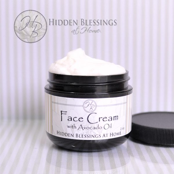 Face Cream with Avocado Oil